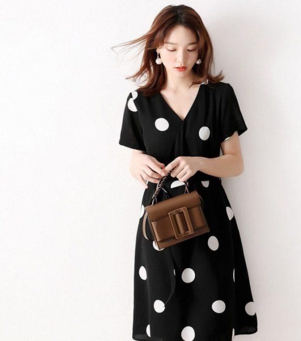 Đầm bi buột eo 3