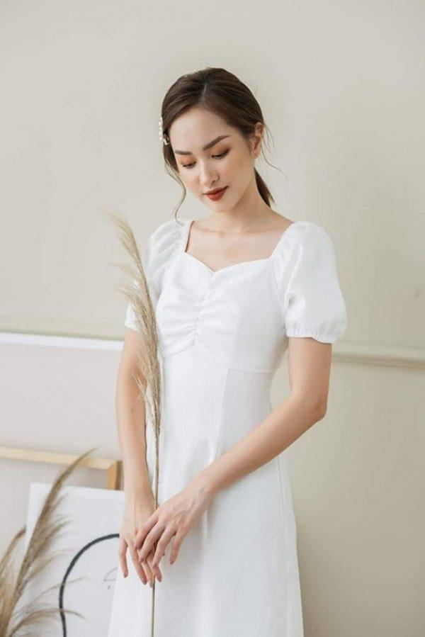 Đầm trắng chip ngực mẫu mới 2