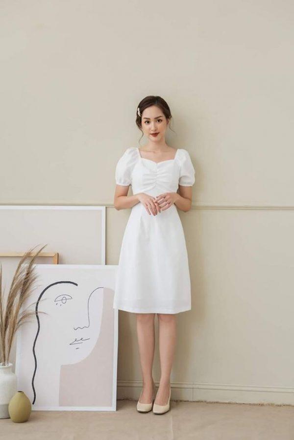 Đầm trắng chip ngực mẫu mới