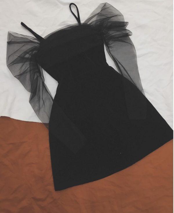Đầm nhung phối tay lưới mềm mại 2