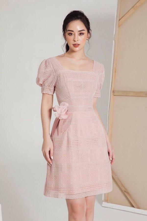 Váy đầm chất ren mềm mại