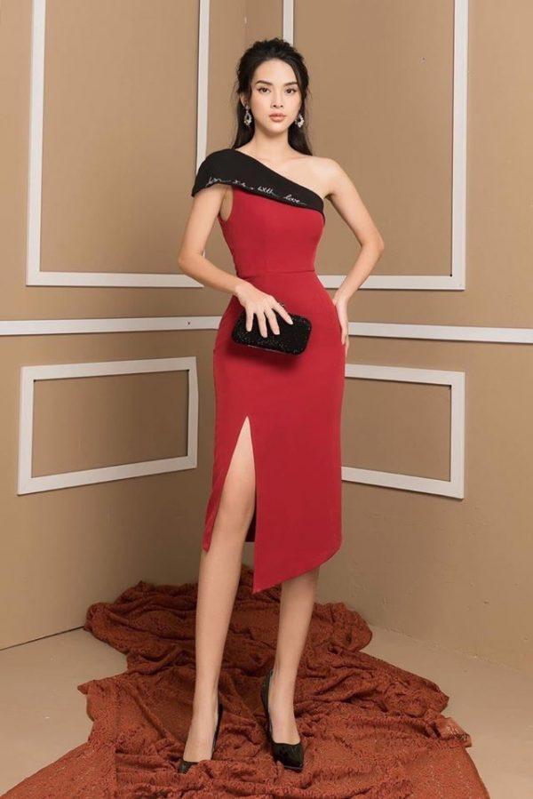 Váy đầm lệch vai thêu chữ xẻ tà 3