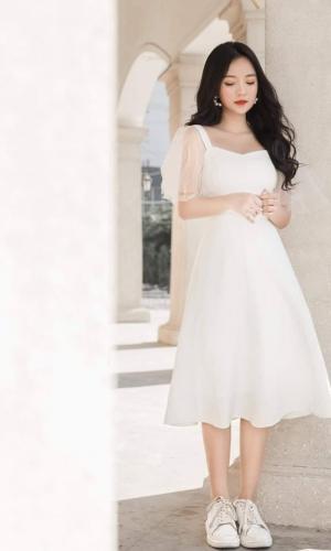 Váy đầm trắng dễ thương