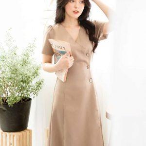Đầm đắp chéo tay lỡ nút gỗ
