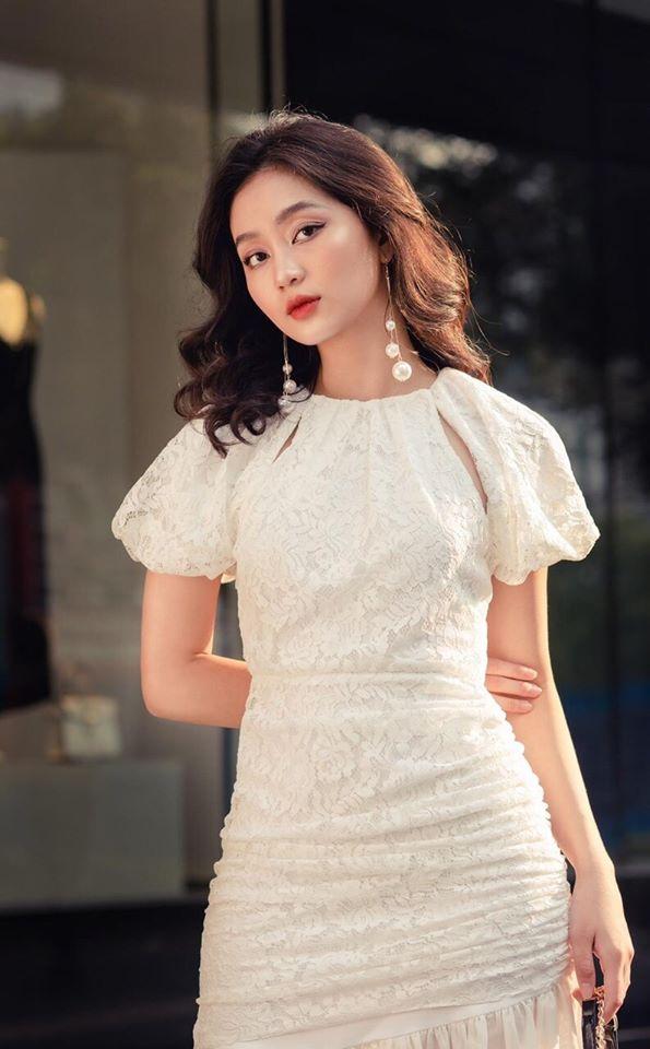 Váy đầm body màu trắng 2