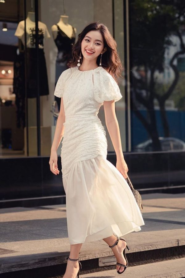 Váy đầm body màu trắng 1