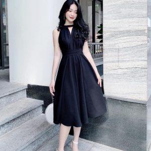 Đầm cổ yếm dáng dài buột eo