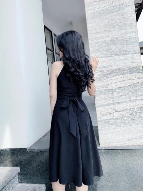 Đầm cổ yếm dáng dài buột eo 4